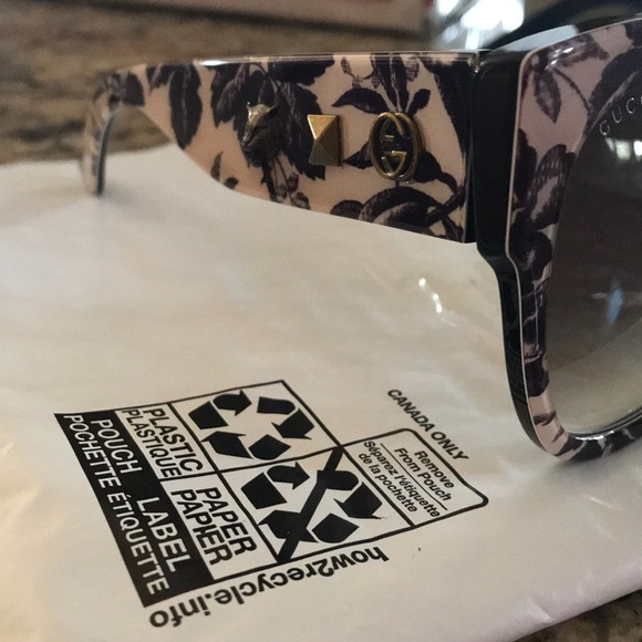 huge discount fresh styles buying cheap Authentic Gucci Sunglasses NWT